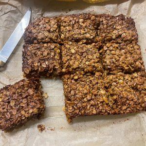 vegan traditional chocolate flapjacks