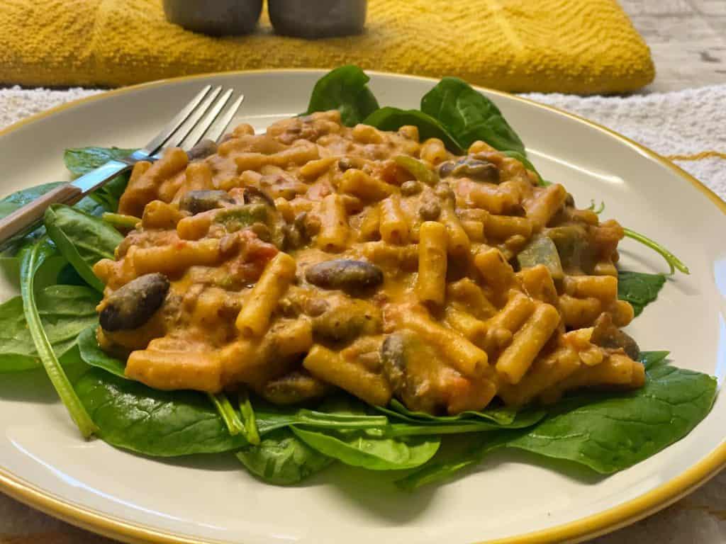 vegan chilli mac and cheese