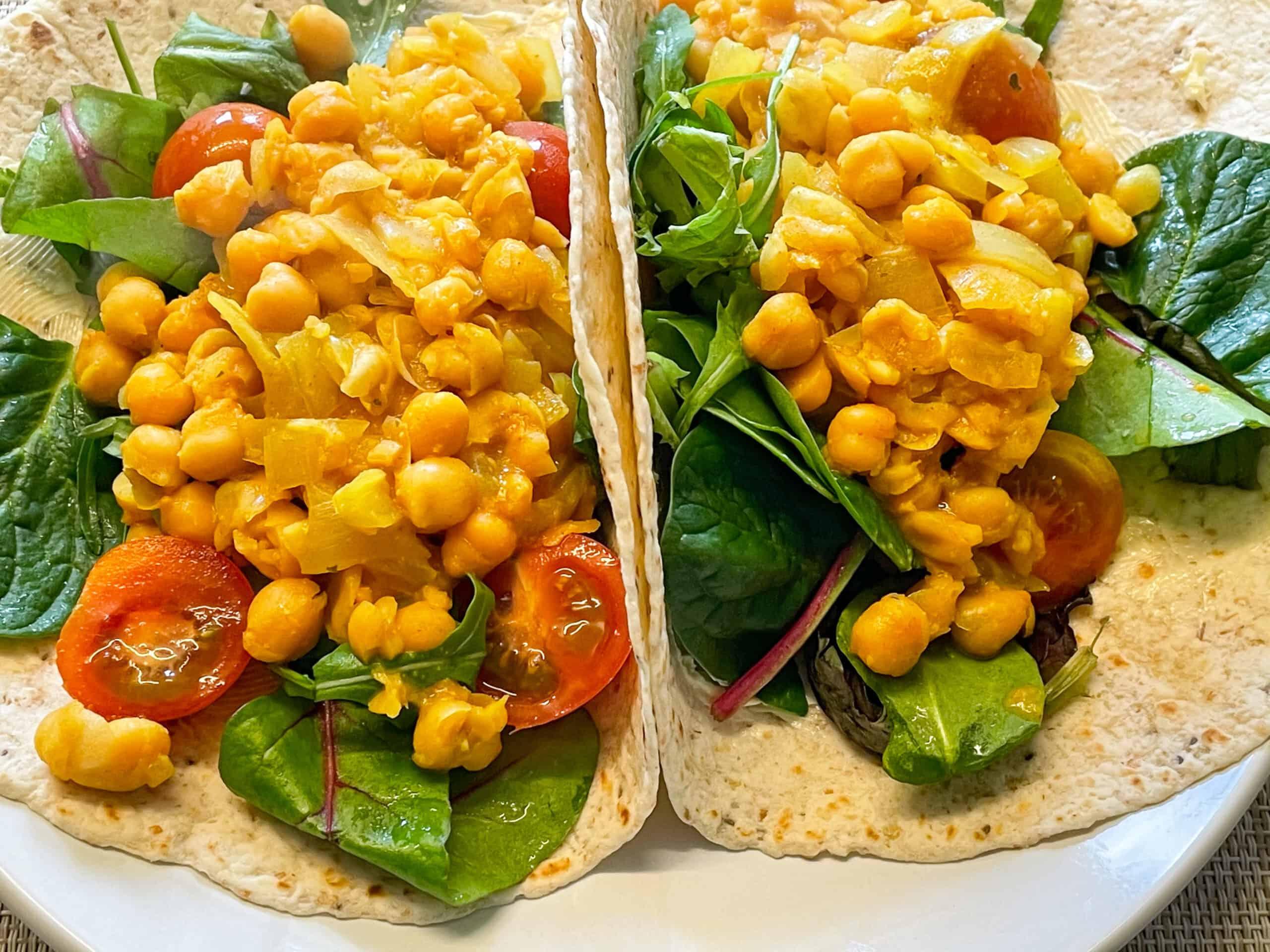 vegan scrambled chickpeas