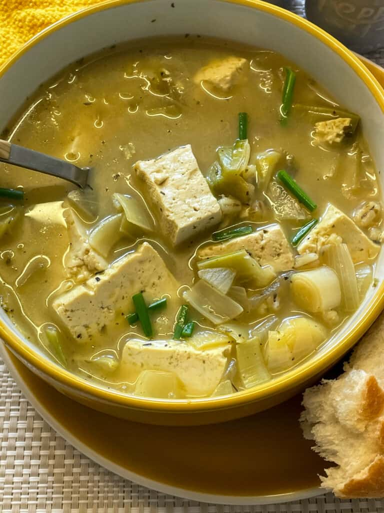 vegan cock-a-leekie soup