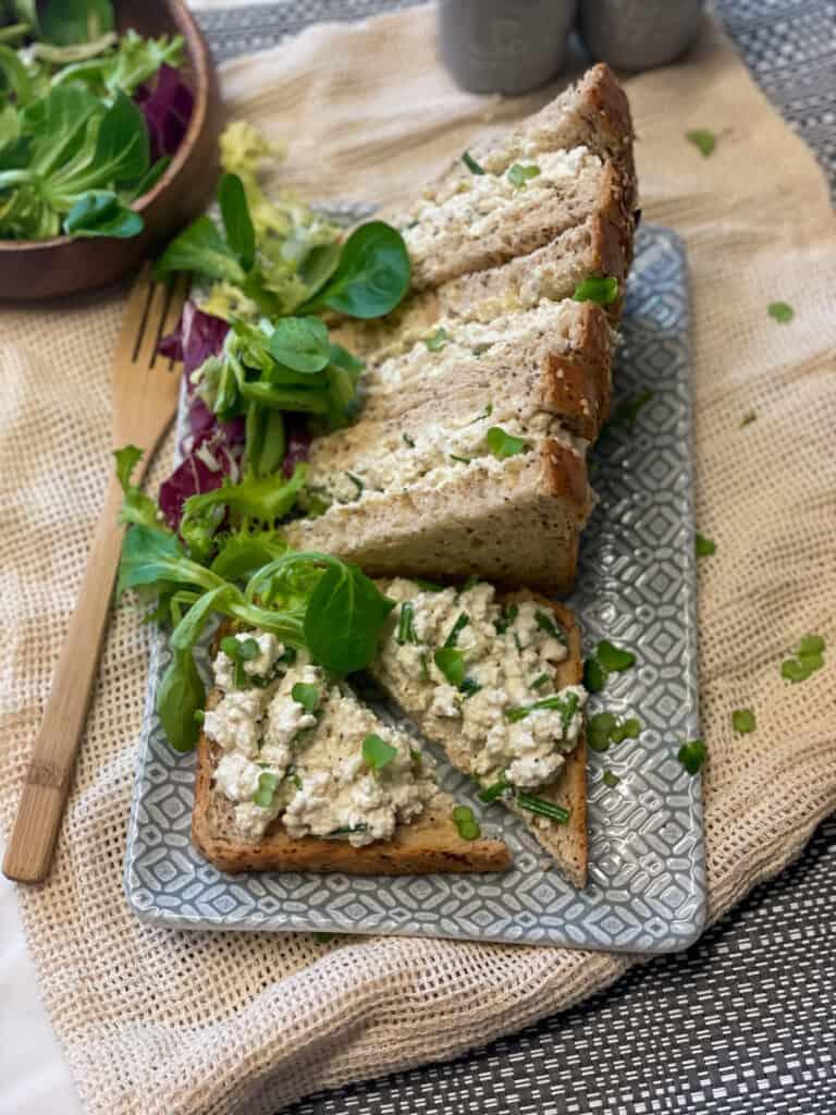 vegan tofu mayonnaise sandwich