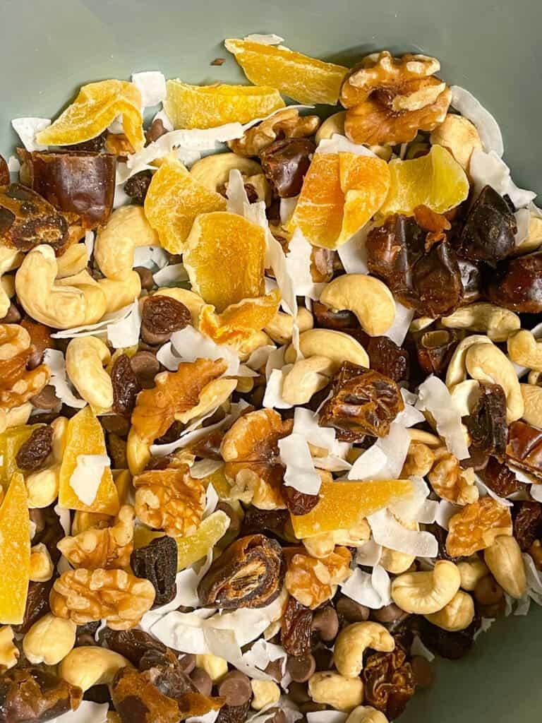 vegan trail mix snack recipe